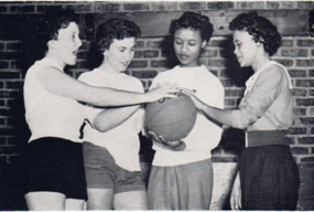 Woman's Basketball Team
