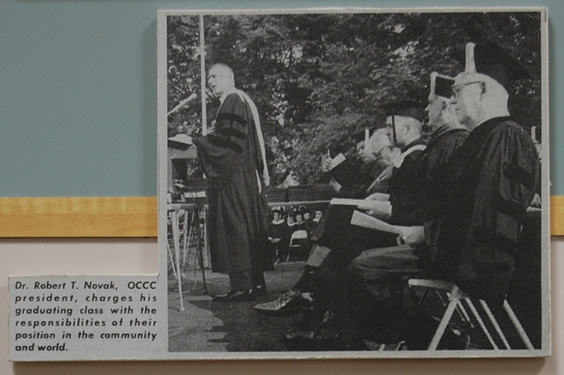 Photo: President Novak speaks at 1975 Commencement
