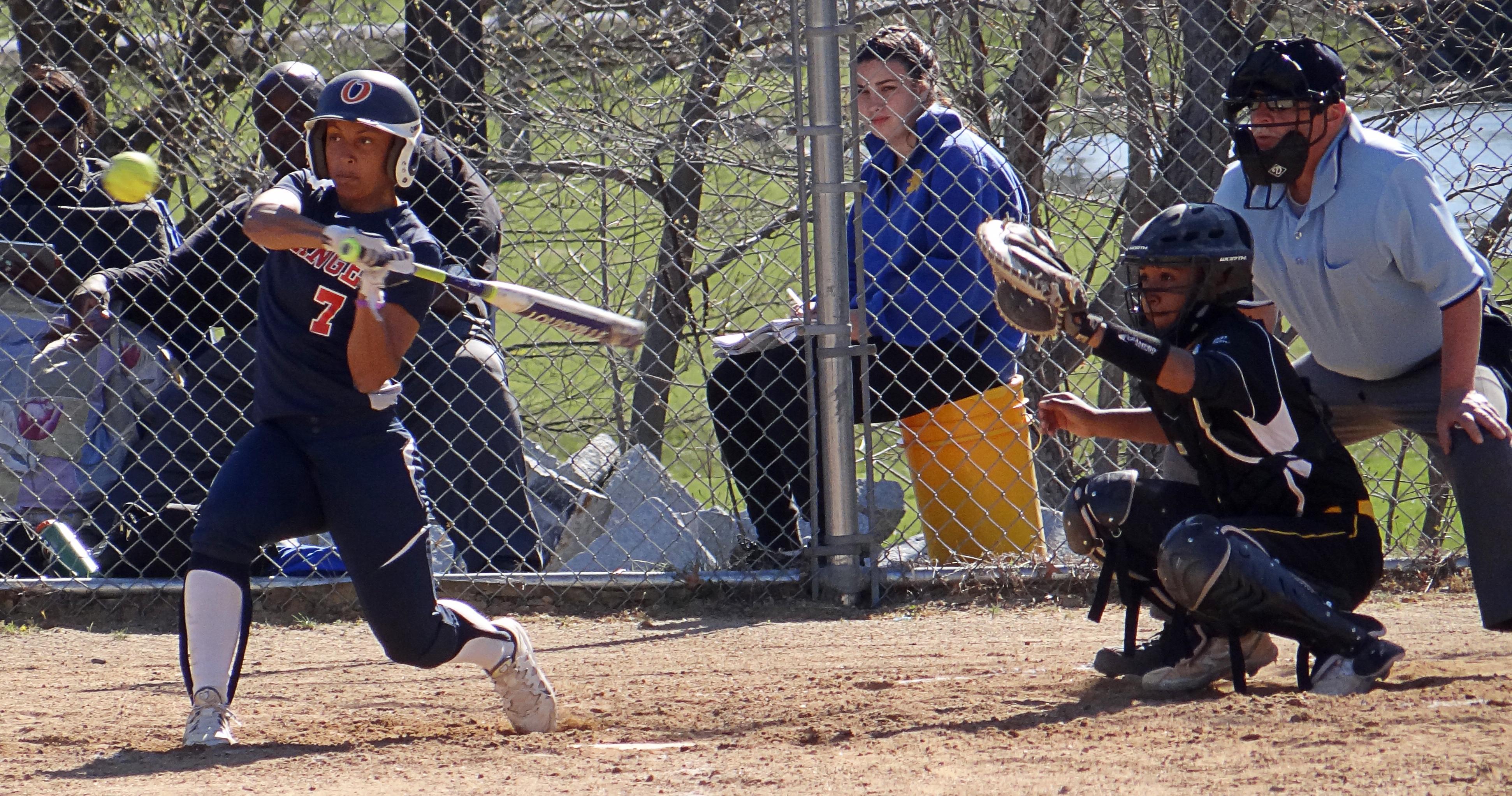 SUNY Orange softball